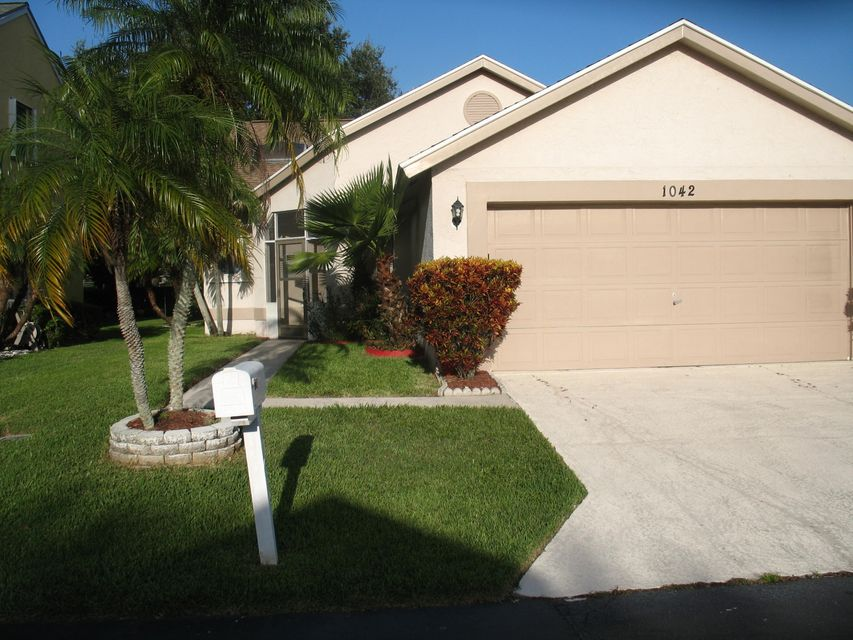 Single Family Home for Sale at 1042 Fairfax Circle W 1042 Fairfax Circle W Boynton Beach, Florida 33436 United States