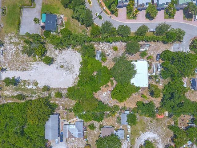 Additional photo for property listing at 7971 SE Asaro Lane 7971 SE Asaro Lane Hobe Sound, Florida 33455 United States