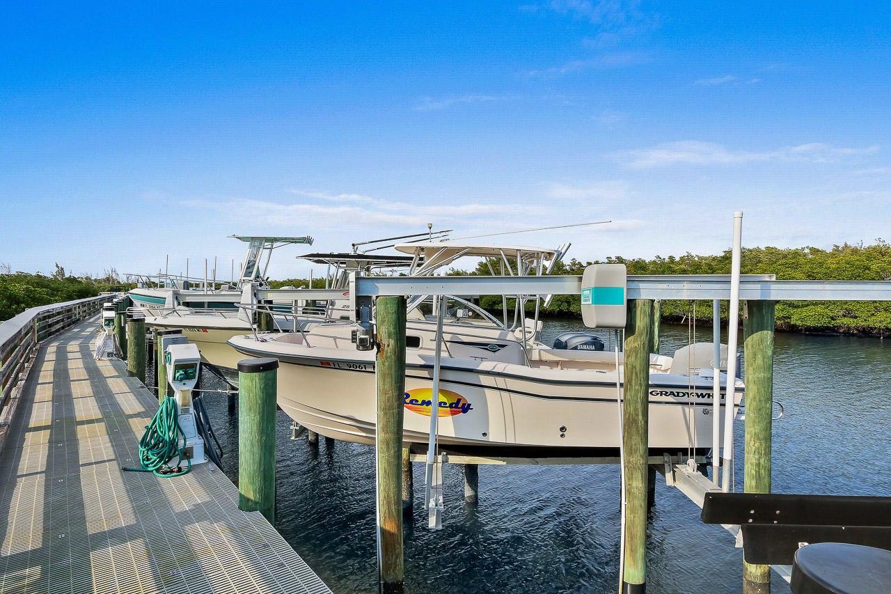 Additional photo for property listing at 10063 SE Osprey Pointe Drive 10063 SE Osprey Pointe Drive Hobe Sound, Florida 33455 Estados Unidos