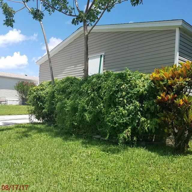 Mobile / Manufactured for Sale at 1520 SW 66th Avenue Boca Raton, Florida 33428 United States