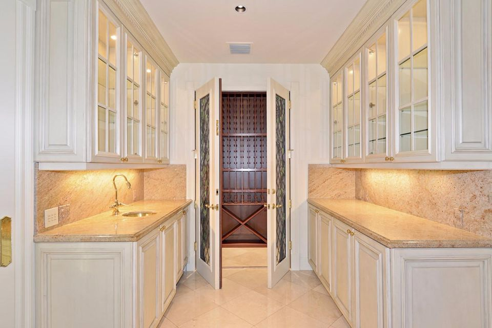 534  Island Drive , Palm Beach FL 33480 is listed for sale as MLS Listing RX-10372316 photo #10