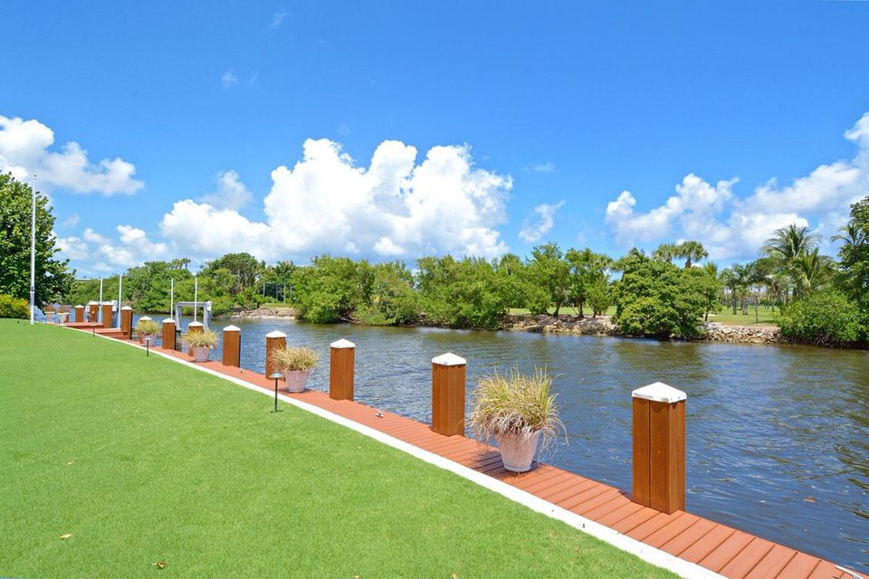534  Island Drive , Palm Beach FL 33480 is listed for sale as MLS Listing RX-10372316 photo #21