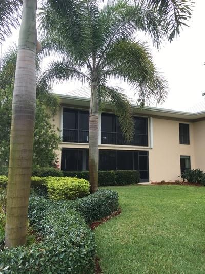 3 SE Turtle Creek Drive 3c  Tequesta FL 33469