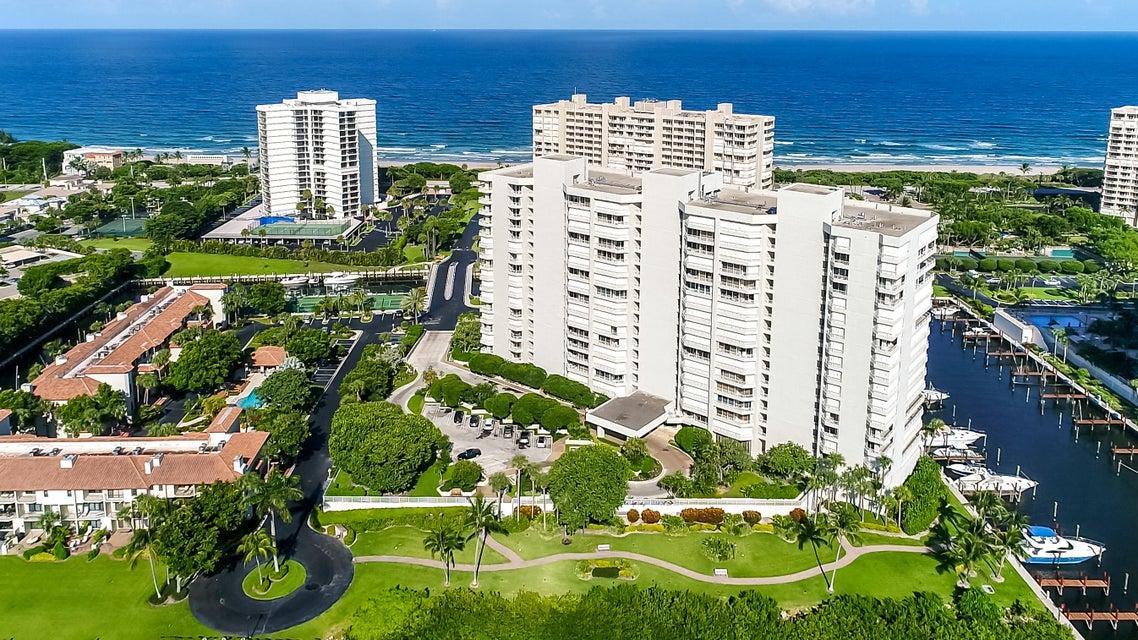 Cooperativa / condomínio para Venda às 4201 N Ocean Boulevard 4201 N Ocean Boulevard Boca Raton, Florida 33431 Estados Unidos