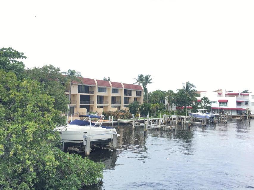 合作社 / 公寓 为 出租 在 801 Palm Trail 801 Palm Trail 德尔雷比奇海滩, 佛罗里达州 33483 美国