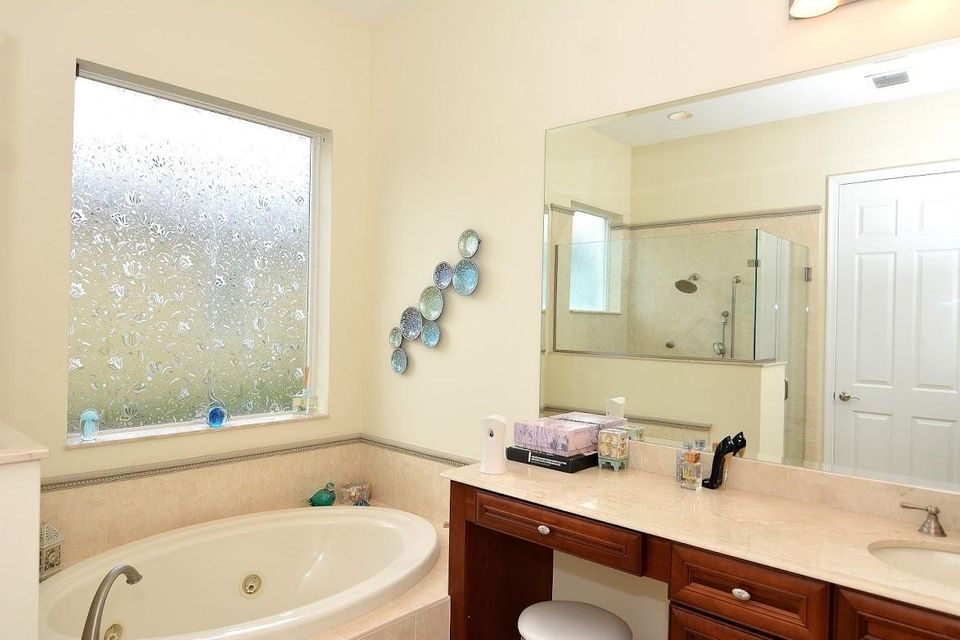 Additional photo for property listing at 9532 SW Nuova Way 9532 SW Nuova Way 圣露西港, 佛罗里达州 34986 美国