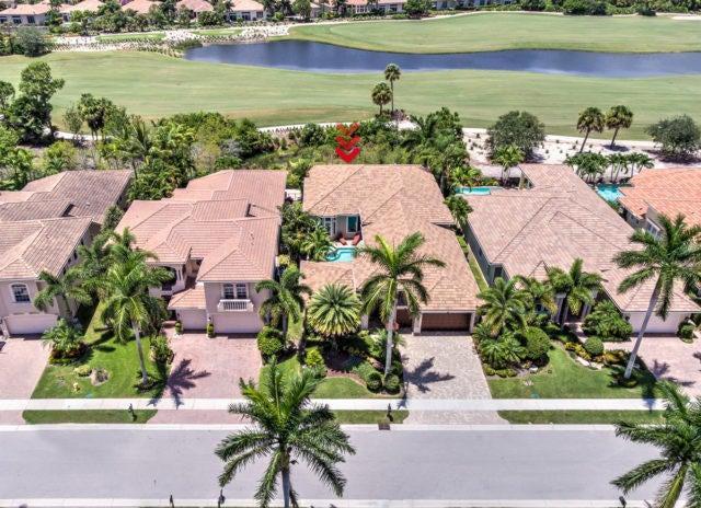 واحد منزل الأسرة للـ Sale في 321 Charroux Drive 321 Charroux Drive Palm Beach Gardens, Florida 33410 United States