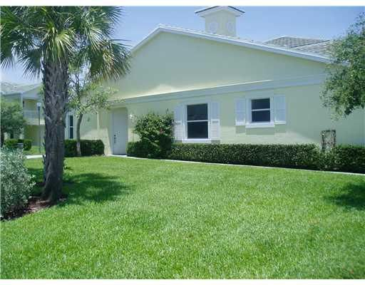 Additional photo for property listing at 205 Shelley Lane 205 Shelley Lane Fort Pierce, Florida 34949 Estados Unidos
