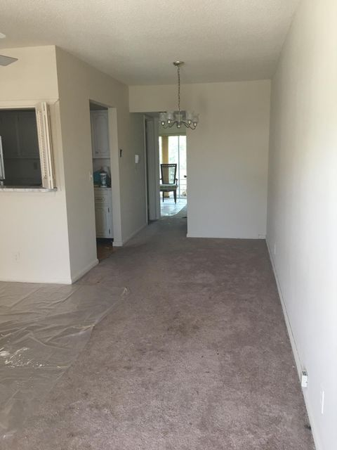 Co-op / Condo for Rent at 34 Kingswood B 34 Kingswood B West Palm Beach, Florida 33417 United States