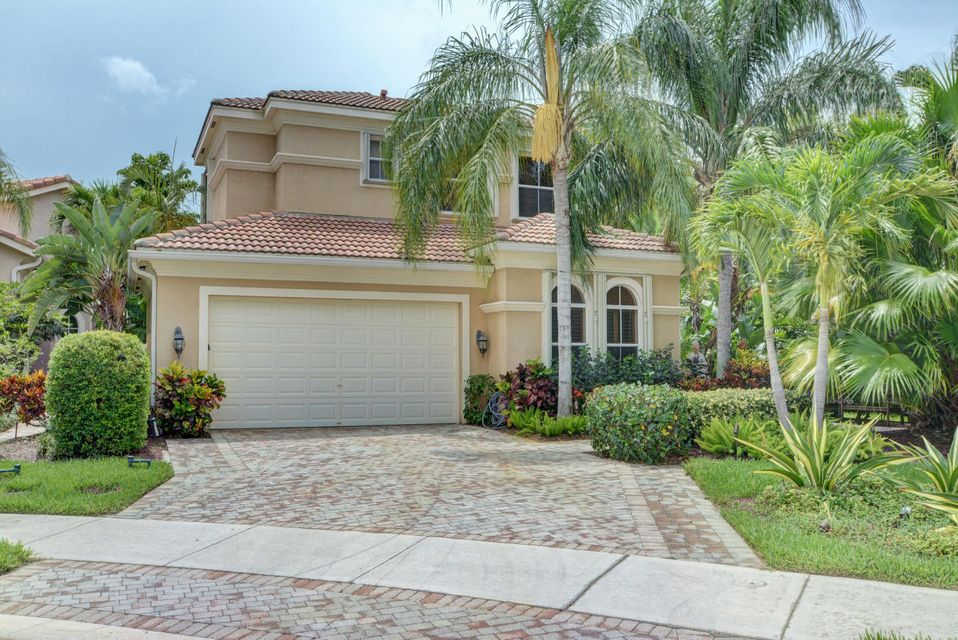 237 Andalusia Drive , Palm Beach Gardens FL 33418 is listed for sale as MLS Listing RX-10363367 50 photos