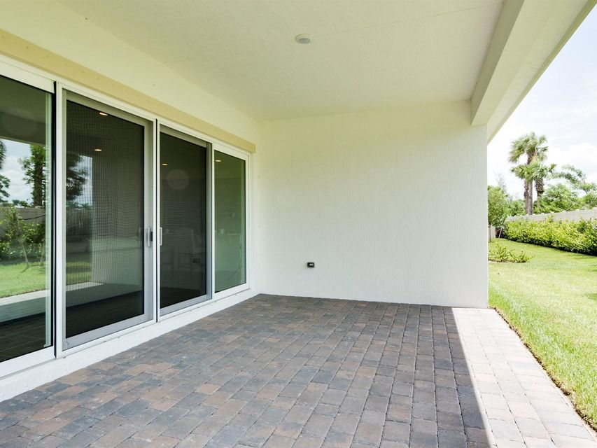 Additional photo for property listing at 9180 Greenspire Lane 9180 Greenspire Lane Lake Worth, Florida 33467 États-Unis