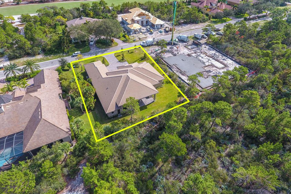 Additional photo for property listing at 10046 SE Sandpine Lane 10046 SE Sandpine Lane Hobe Sound, Florida 33455 Vereinigte Staaten