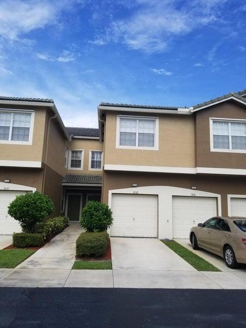 Casa unifamiliar adosada (Townhouse) por un Venta en 3132 Grandiflora Drive 3132 Grandiflora Drive Greenacres, Florida 33467 Estados Unidos