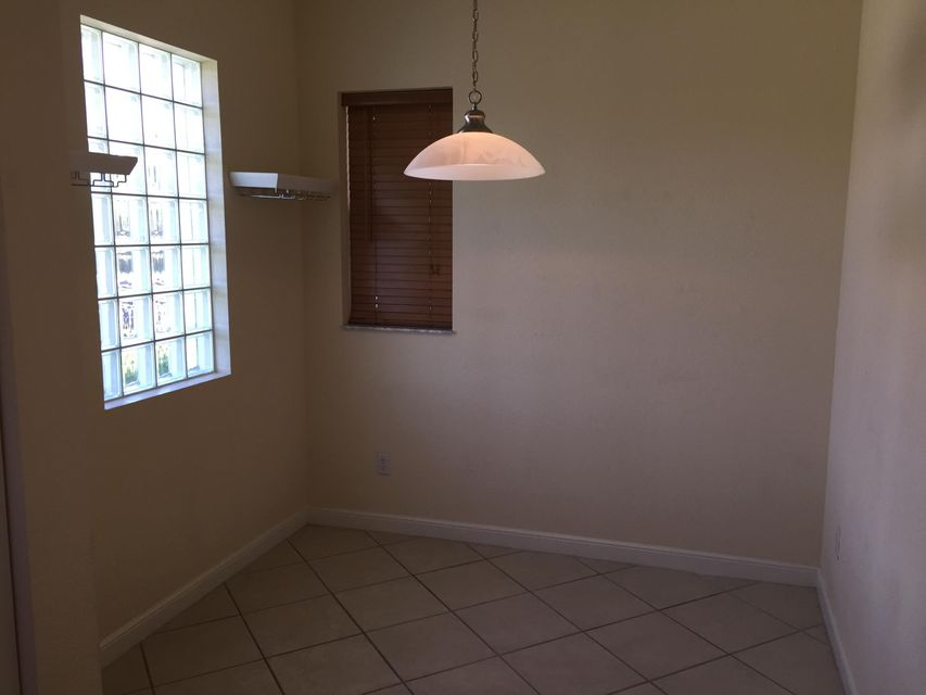 Additional photo for property listing at 1770 Mission Court 1770 Mission Court West Palm Beach, Florida 33401 États-Unis