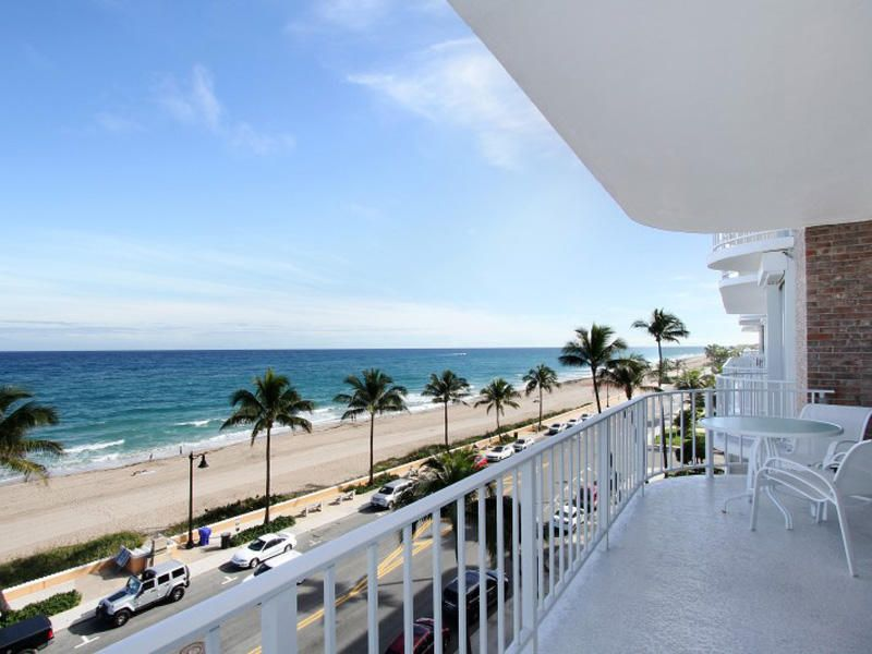 Co-op / Condo for Sale at 100 Worth Avenue 100 Worth Avenue Palm Beach, Florida 33480 United States