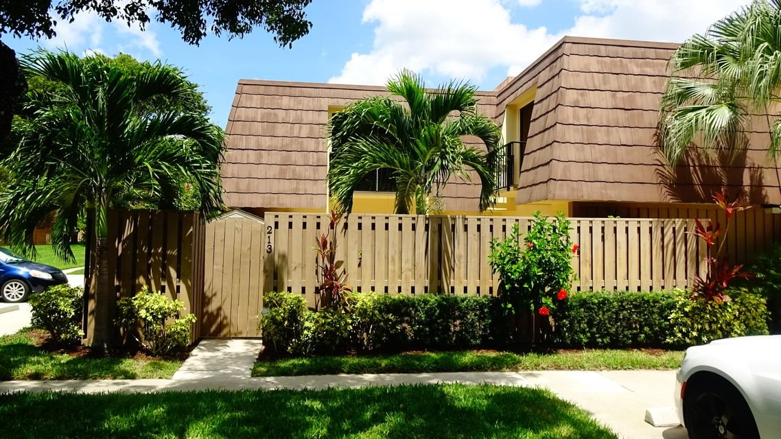 213 2nd Court , Palm Beach Gardens FL 33410 is listed for sale as MLS Listing RX-10363591 32 photos