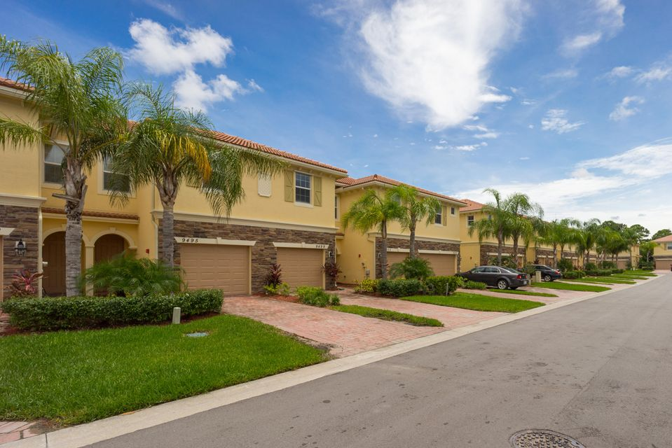 Townhouse for Sale at 9499 SW Merlin Court Stuart, Florida 34997 United States