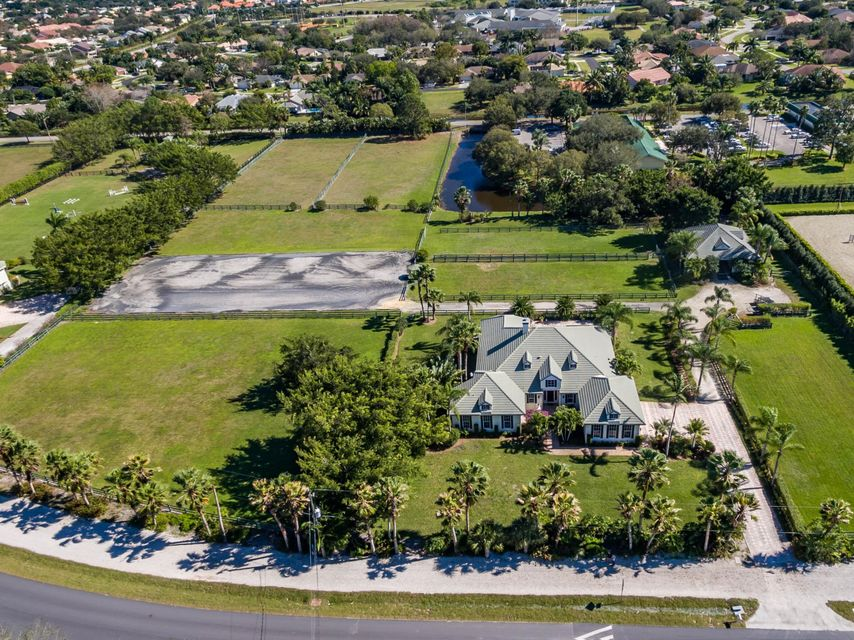 Single Family Home for Sale at 2552 Appaloosa Trail Wellington, Florida 33414 United States