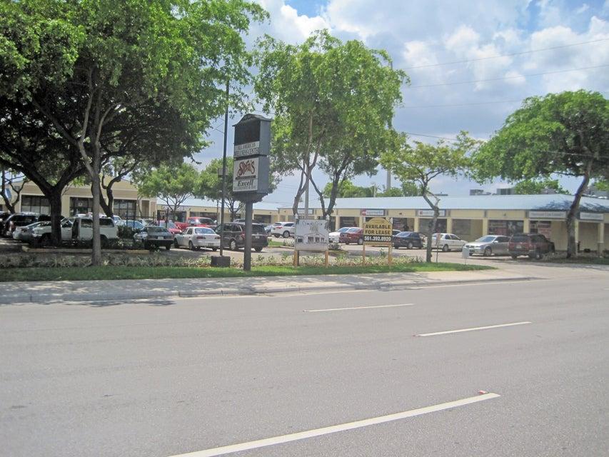 1005 S Congress Avenue