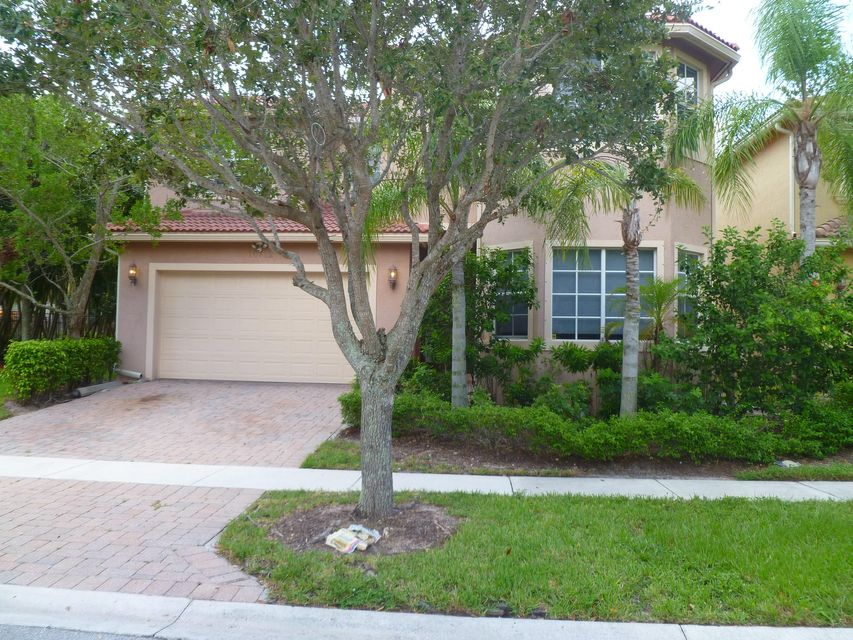 Single Family Home for Rent at 10712 Lake Wynds Court 10712 Lake Wynds Court Boynton Beach, Florida 33437 United States