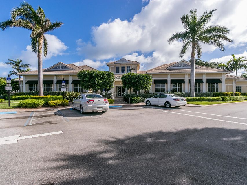 16709  Port Royal Circle , Jupiter FL 33477 is listed for sale as MLS Listing RX-10364175 photo #79