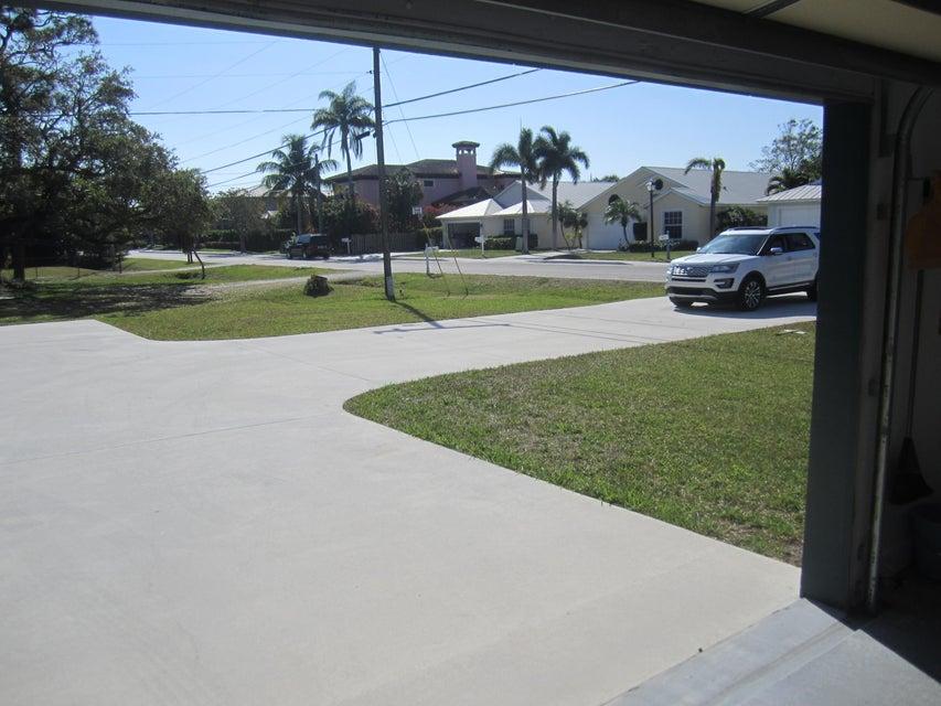 Additional photo for property listing at 103 Old Jupiter Beach Road 103 Old Jupiter Beach Road Jupiter, Флорида 33477 Соединенные Штаты