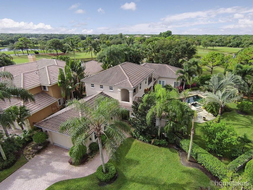 Single Family Home for Sale at 147 W Village Way 147 W Village Way Jupiter, Florida 33458 United States
