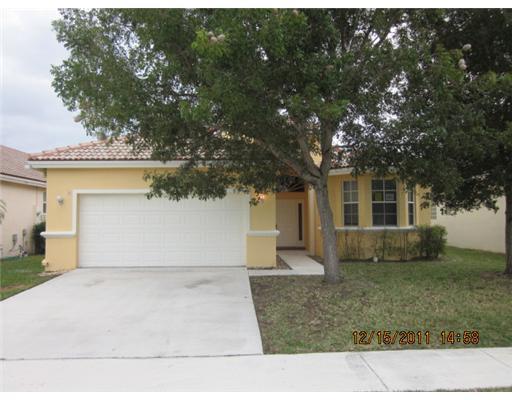 Location pour l à louer à 9452 Verona Lakes Boulevard 9452 Verona Lakes Boulevard Boynton Beach, Florida 33472 États-Unis