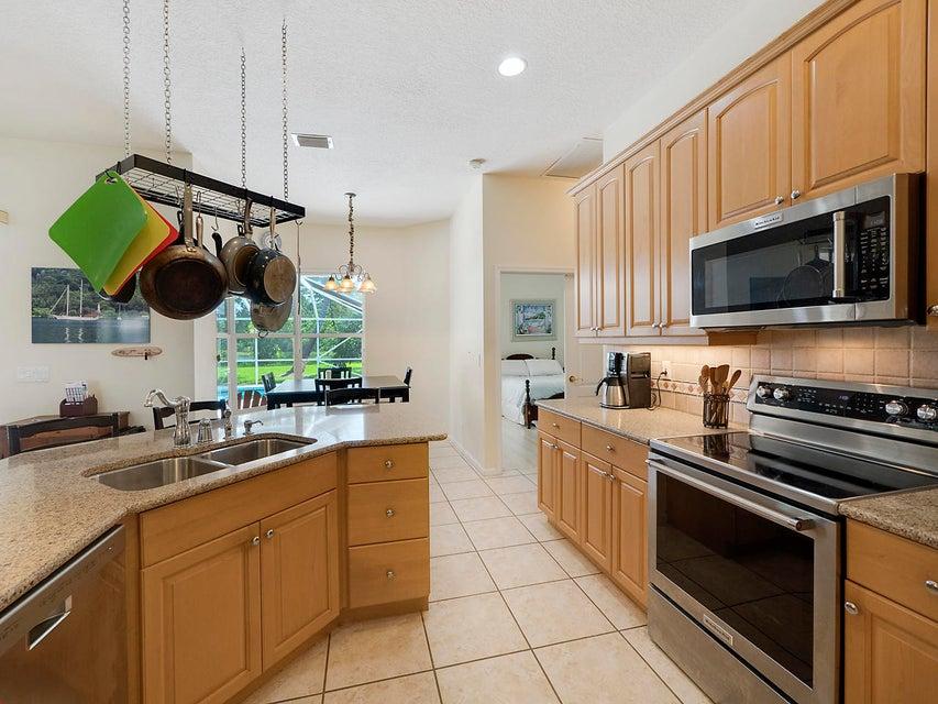 Additional photo for property listing at 8283 SW Skipper Drive 8283 SW Skipper Drive Stuart, Florida 34997 United States
