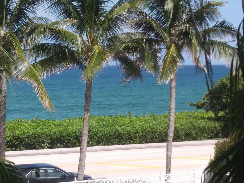 Co-op / Condo for Sale at 131 Ocean Grande Boulevard Jupiter, Florida 33477 United States