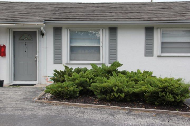Additional photo for property listing at 231 Hibiscus Street 231 Hibiscus Street Jupiter, Florida 33458 Estados Unidos
