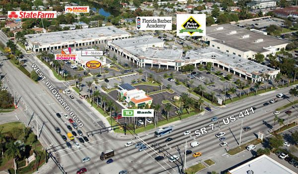 Commercial / Industrial للـ Rent في 27 N State Road 7 27 N State Road 7 Plantation, Florida 33317 United States