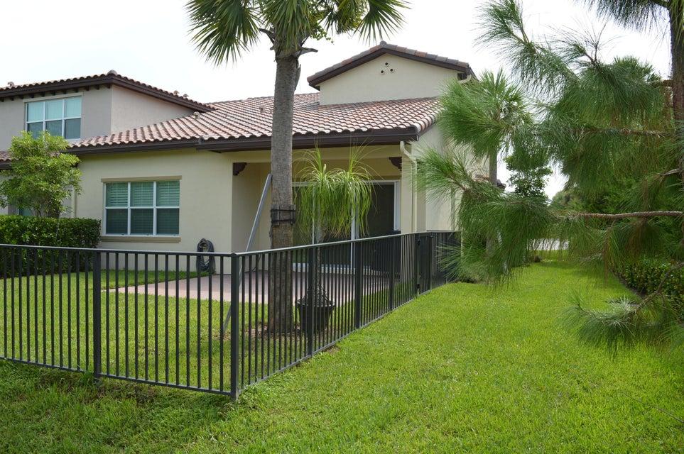 Additional photo for property listing at 126 Diamante Way 126 Diamante Way Jupiter, Флорида 33477 Соединенные Штаты