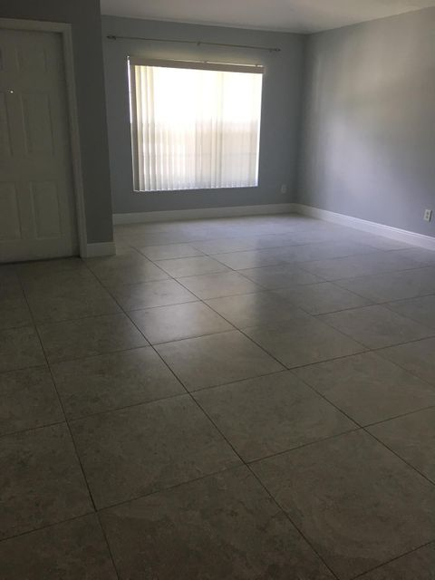 Additional photo for property listing at 6791 Lantern Key Drive 6791 Lantern Key Drive Lake Worth, Florida 33463 Vereinigte Staaten