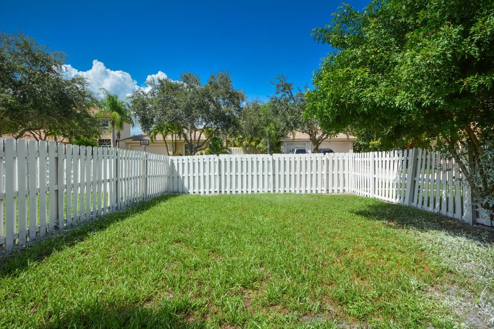 3846 Torres Circle West Palm Beach, FL 33409 photo 19