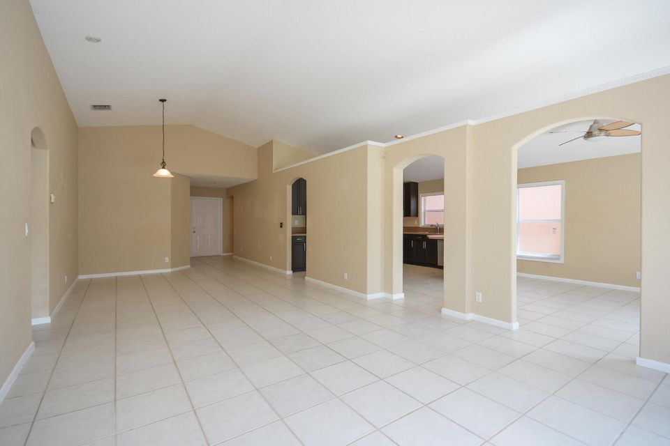 3846 Torres Circle West Palm Beach, FL 33409 photo 7