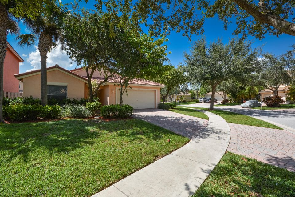 3846 Torres Circle West Palm Beach, FL 33409 photo 18