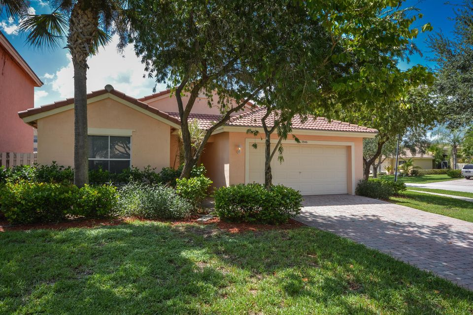 3846 Torres Circle West Palm Beach, FL 33409 photo 1