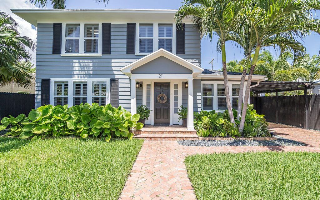 Single Family Home for Rent at 211 Nottingham Boulevard 211 Nottingham Boulevard West Palm Beach, Florida 33405 United States