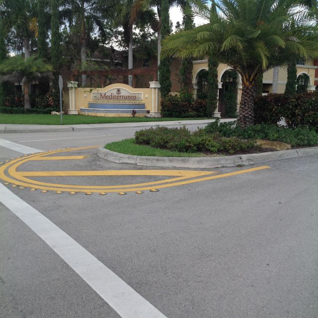 Casa unifamiliar adosada (Townhouse) por un Venta en 4135 Napoli Lake Drive 4135 Napoli Lake Drive Riviera Beach, Florida 33410 Estados Unidos