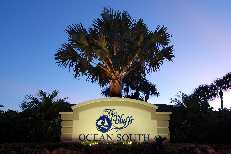 BLUFFS OCEAN SOUTH JUPITER FLORIDA