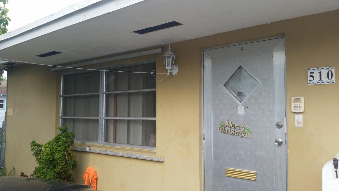 Triplex pour l Vente à 510 K Street Lake Worth, Florida 33460 États-Unis