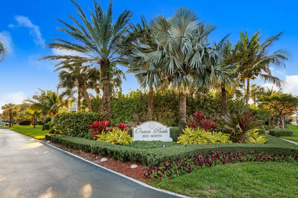 300 N Highway A1a I-104 , Jupiter FL 33477 is listed for sale as MLS Listing RX-10364171 54 photos