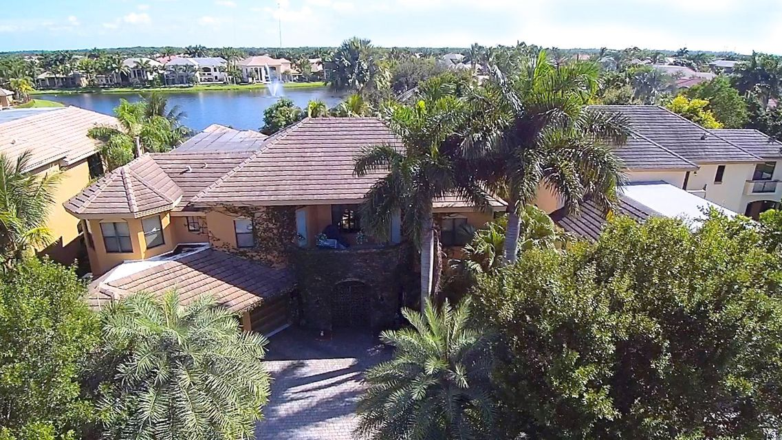 10703 Versailles Boulevard Wellington, FL 33449 photo 3