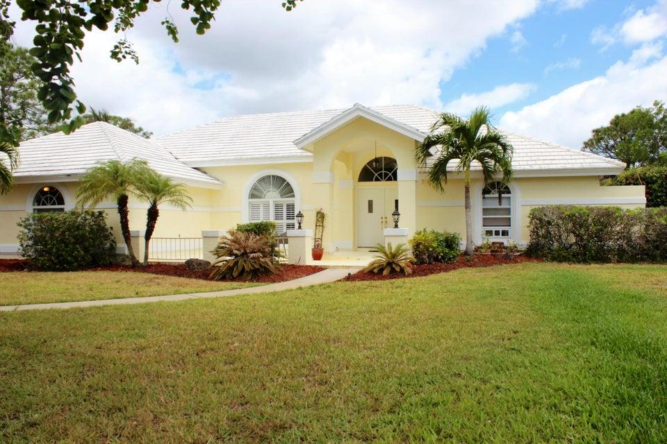 Alquiler por un Venta en 4131 SW Bimini Circle N 4131 SW Bimini Circle N Palm City, Florida 34990 Estados Unidos