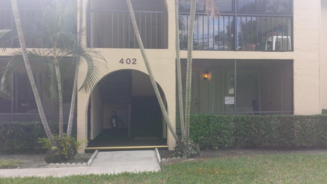 Cooperativa / condomínio para Venda às 402 Pine Glen Lane 402 Pine Glen Lane Greenacres, Florida 33463 Estados Unidos