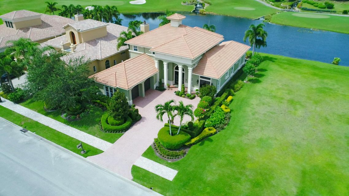 Single Family Home for Sale at 220 SE Bella Strano 220 SE Bella Strano Port St. Lucie, Florida 34984 United States