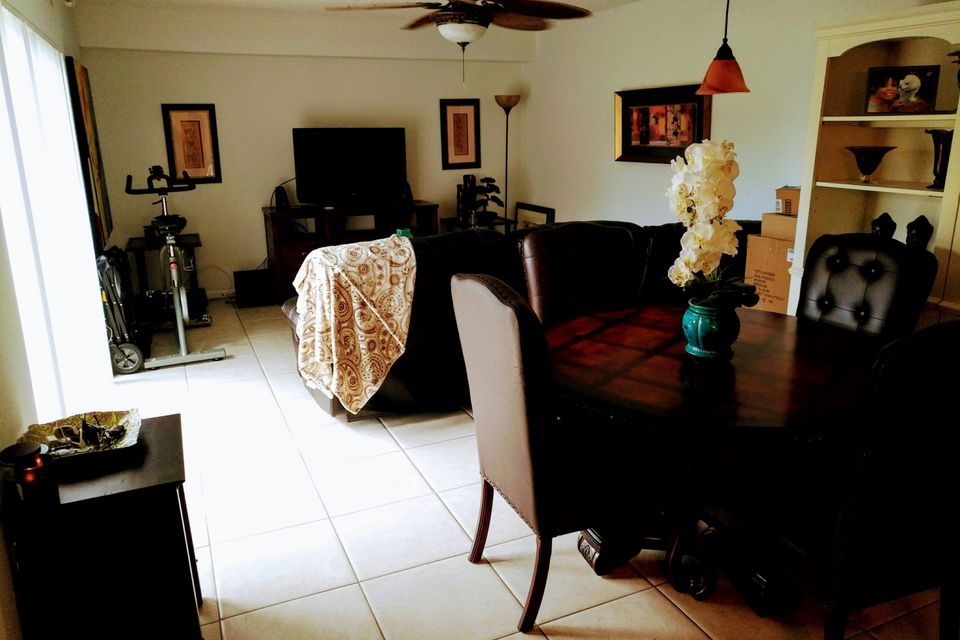 Additional photo for property listing at 1016 10th Way 1016 10th Way West Palm Beach, Florida 33409 Estados Unidos