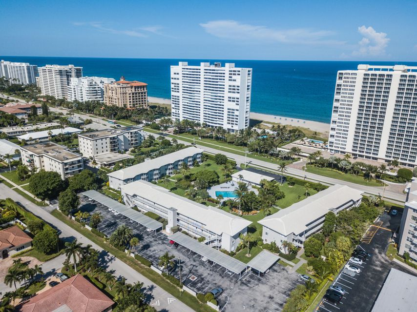 2730 Banyan Road B25 , Boca Raton FL 33432 is listed for sale as MLS Listing RX-10360471 23 photos