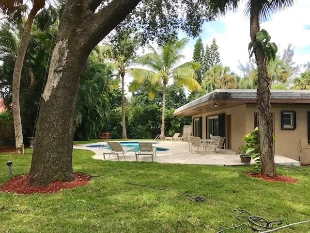 Rentals for Sale at 11061 Ellison Wilson Road North Palm Beach, Florida 33408 United States